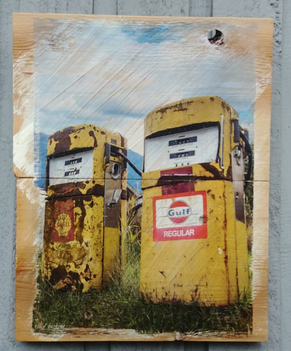 Vintage Gas Pumps Wall Decor